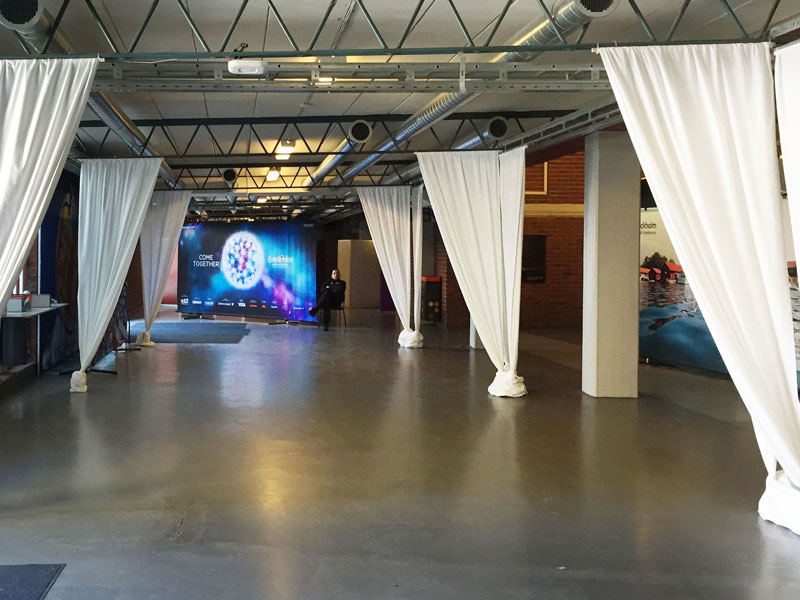 esc-2016-Maxibit_Stage_entrance